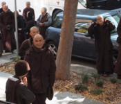 Thich-Nhat-Hanh-arrives_x600