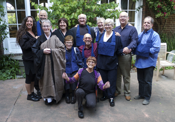 Saturday Sangha members with Rosalie Curtis (photo: Renshin Bunce)