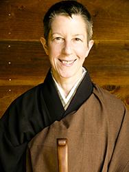 Shinchi Linda Galijan by Robert Erdmann
