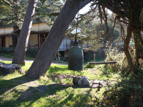 The obonsho outside the zendo at Green Gulch Farm Zen Center (photo: Shundo David Haye).