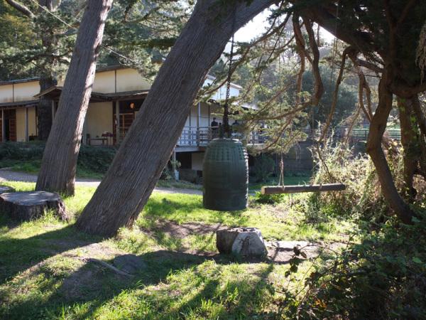 The obonsho outside the zendo at Green Gulch Farm Zen Center (photo: Shundo David Haye).