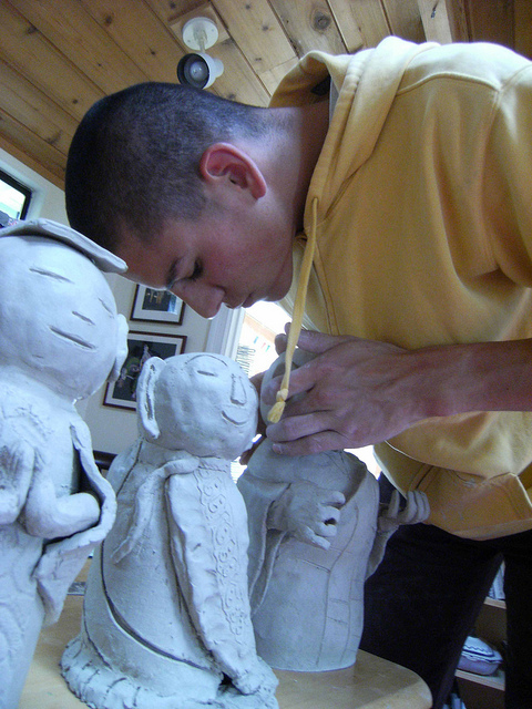 Sculpting Jizo statues