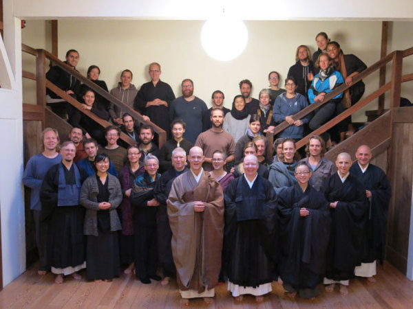 Participants in the 66th practice period at Green Dragon Temple.