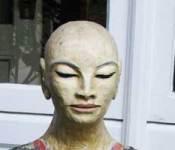 Courtyard-statue6x2