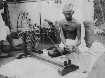 Gandhi_spinning_x350