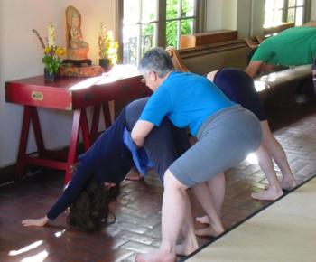 Yoga_4_sitters_005_x350
