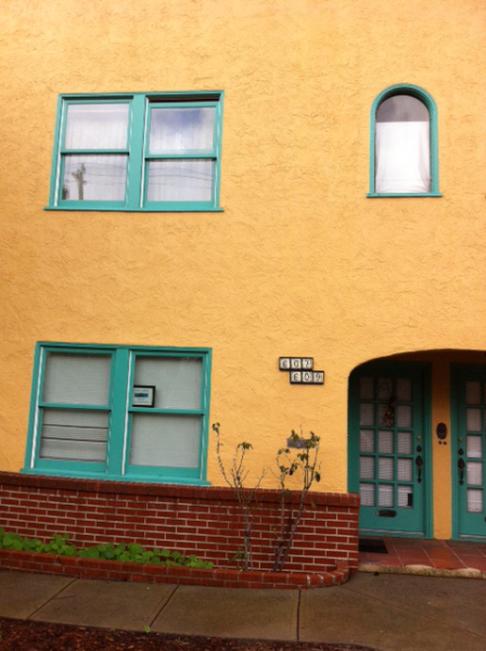 The four-plex building housing Clear Water Zendo (Vallejo Zen Center)